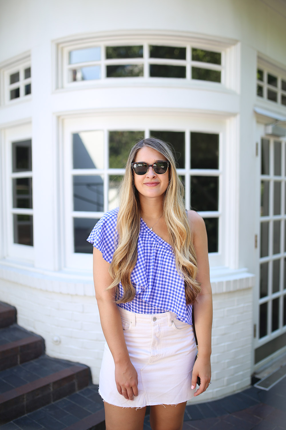 One-Shoulder Gingham Top and White Denim _ Easy summer style _ Simple summer outfit idea _ Affordable summer outfit inspiration from Nordstrom _ Dallas fashion bloggers