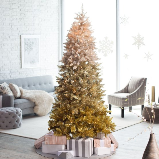 4 ombré Christmas trees to light up your holidays―Looking to brighten up your home this holiday season with trendy decor? Check out these stunning black Christmas trees. Pink Christmas trees. Ombré Christmas tree.