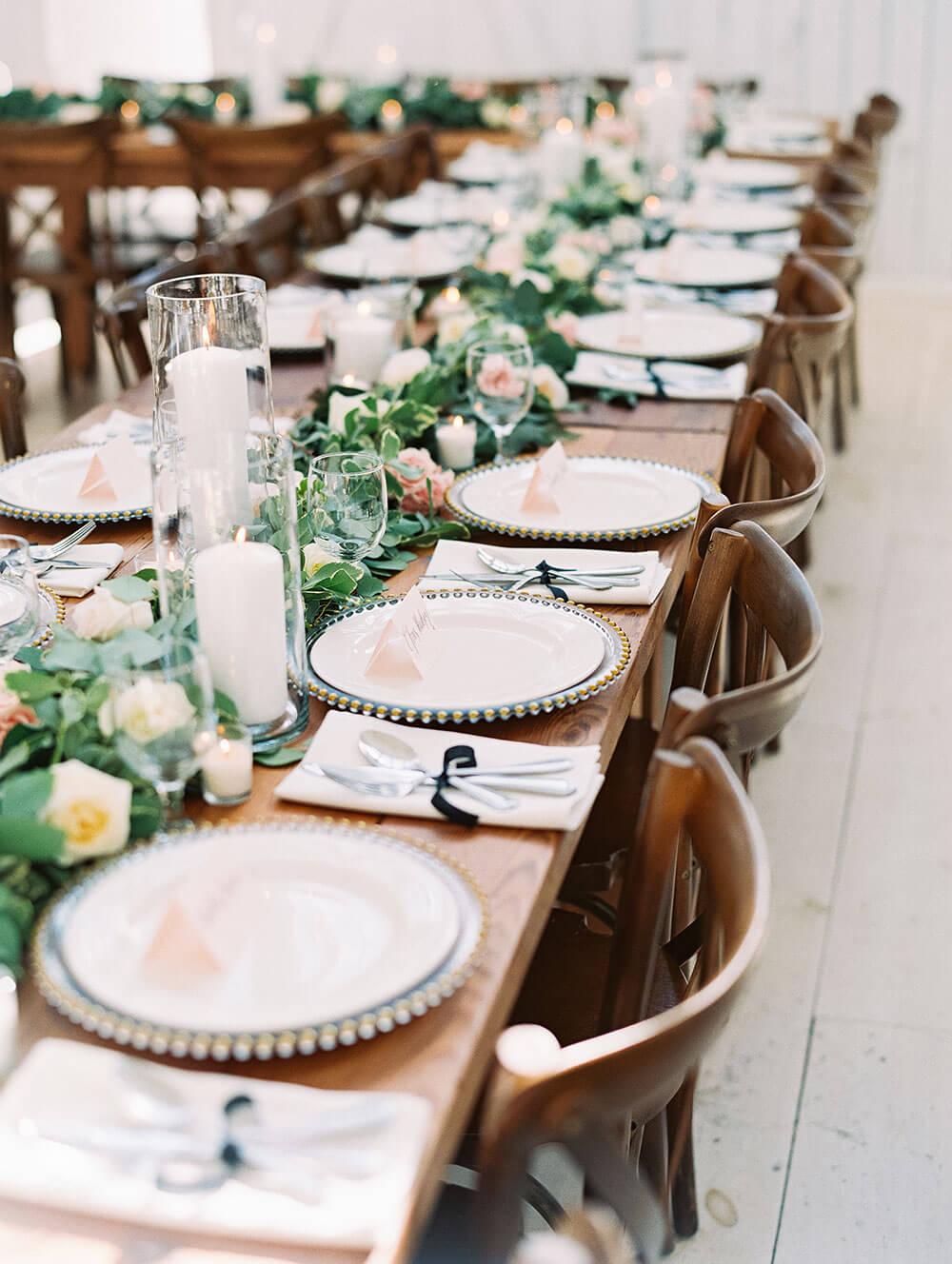Top 8 prettiest wedding venues in Dallas - The White Sparrow Barn