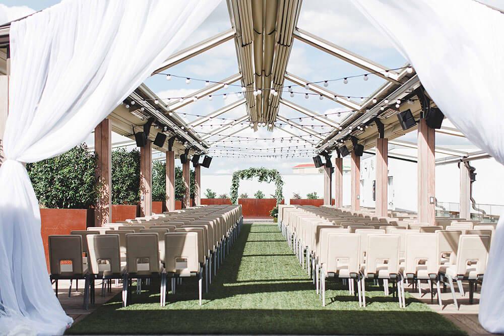 Top 8 prettiest wedding venues in Dallas - Renaissance Dallas Hotel