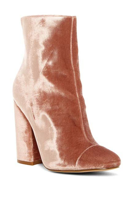 10 Trendy Statement Boots for Fall 2018